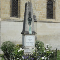 Monument aux Morts Eglise